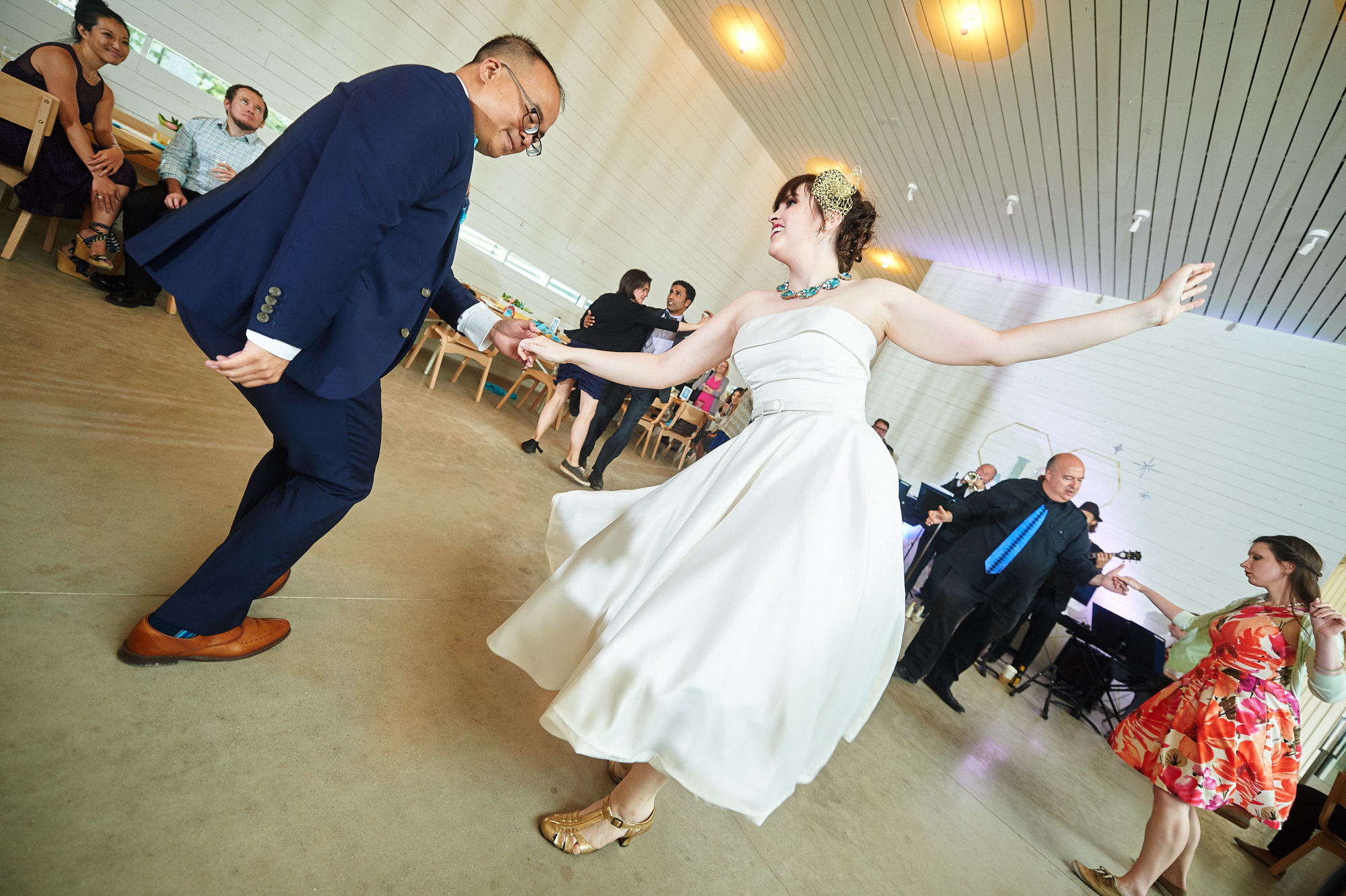 Jonathan and Lindsay - Prospect House - DIY Wedding - 034