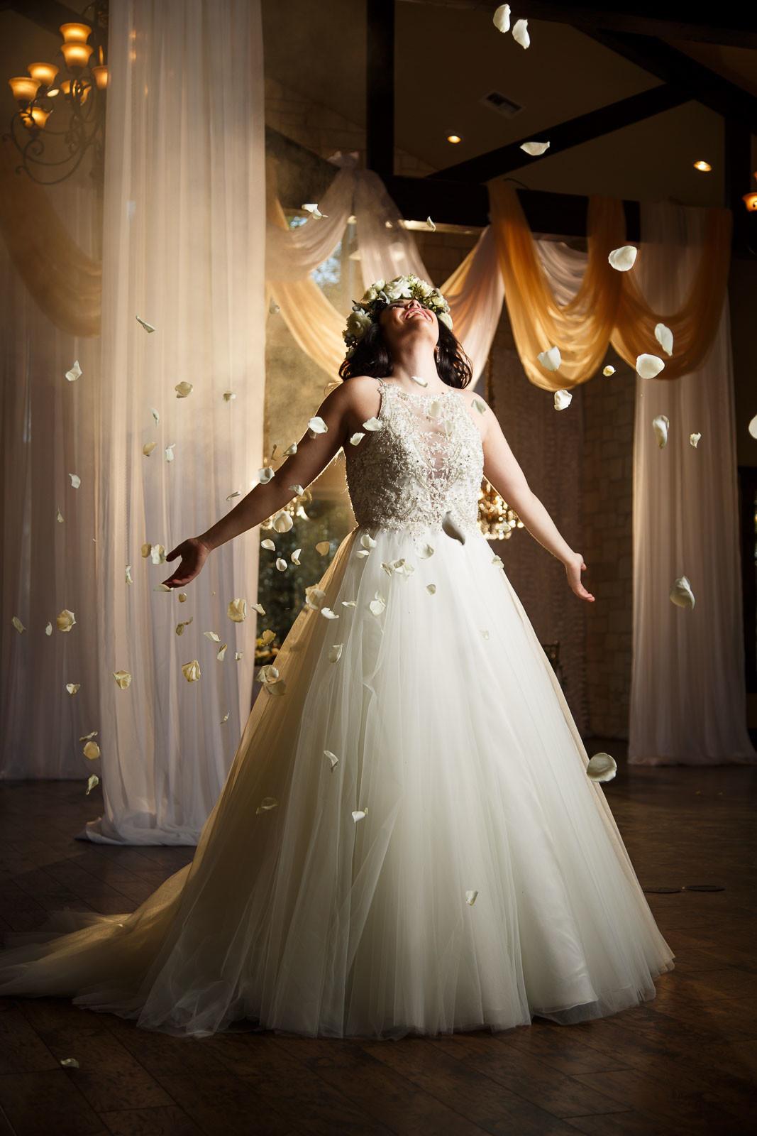 Wedding Photography Styles: Elegant Golden Hour Wedding